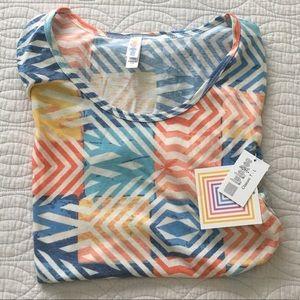LuLaRoe Classic Tee Shirt Light Weight NEW